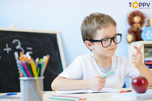 Cho trẻ luyện tập thường xuyên, tiếp xúc đa dạng với nhiều dạng toán